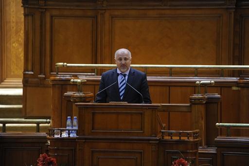 sopticaparlament