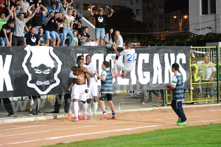 Un fundaş şi un atacant african ar putea veni în această iarnă la FC Botoşani. VEZI ce spune Valeriu Iftime despre politica de transferuri