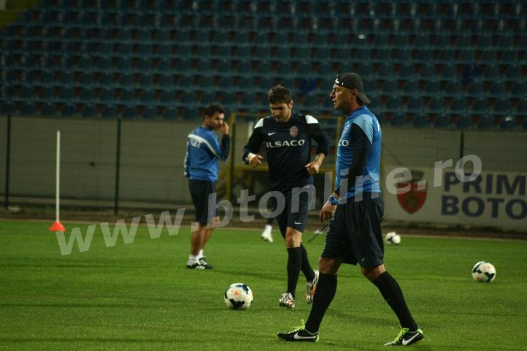 FC Botosani antrenament in nocturna (9)