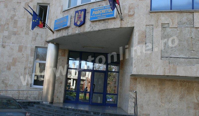 Procurorii DNA au descins la Parchetul de pe lângă Tribunalul Botoşani şi la IPJ Botoşani