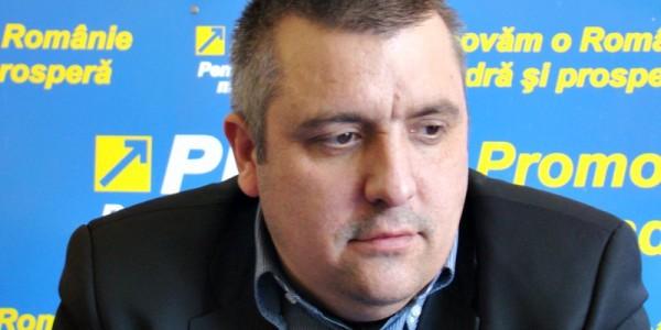 """INTERVIU Relu Tîrzioru: """"Ţurcanu pierde cât de repede partidul. Eu ştiu doi-trei care îl vânează şi ştiu că va fi co-preşedinte un alt liberal"""""""