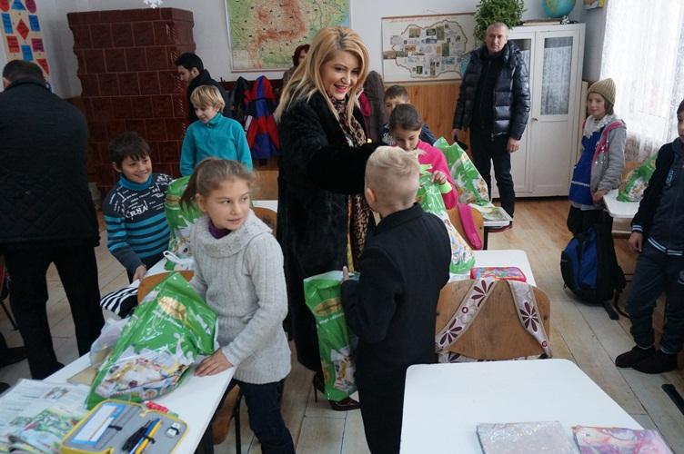 copii cadouri vlasinesti (2)