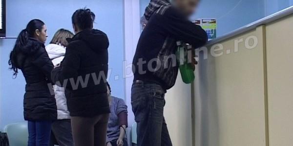 Un bărbat de 31 de ani şi o fată de 19 au ajuns la UPU după ce au băut clor
