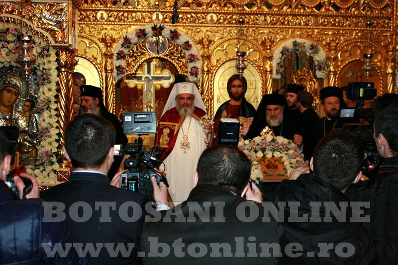 Manastirea Zosin, sosirea Patriarhului Daniel (13)