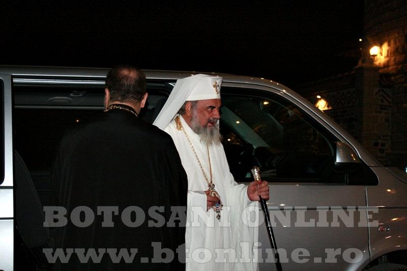 Manastirea Zosin, sosirea Patriarhului Daniel (2)