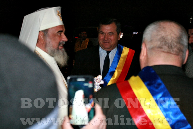 Manastirea Zosin, sosirea Patriarhului Daniel (6)