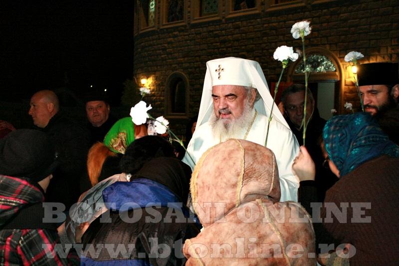 Manastirea Zosin, sosirea Patriarhului Daniel (9)