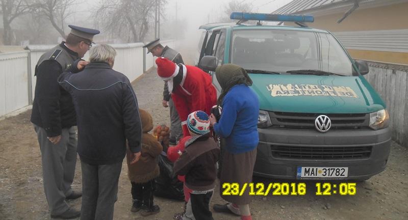 politia-de-frontiera-cadouri-copii