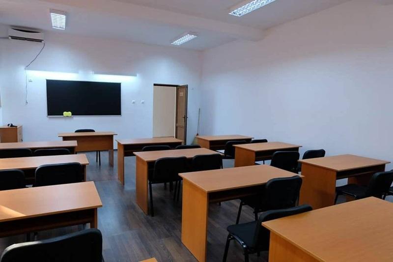 scoala cosula sala de clasa