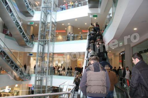 mall29martie8