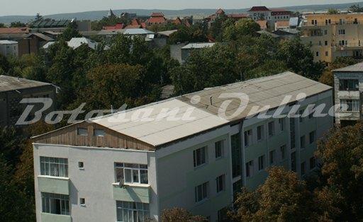 bloc acoperis azbest