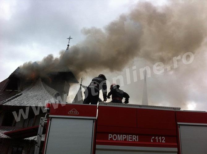 incendiu biserica (3)