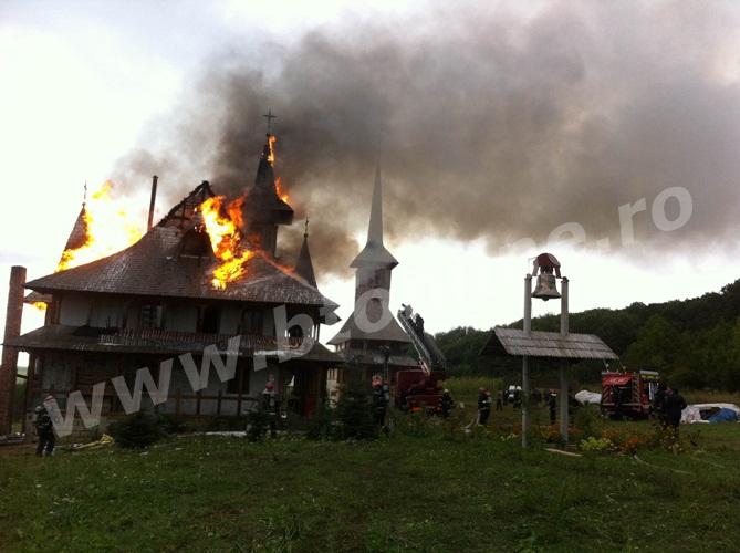 incendiu biserica (4)