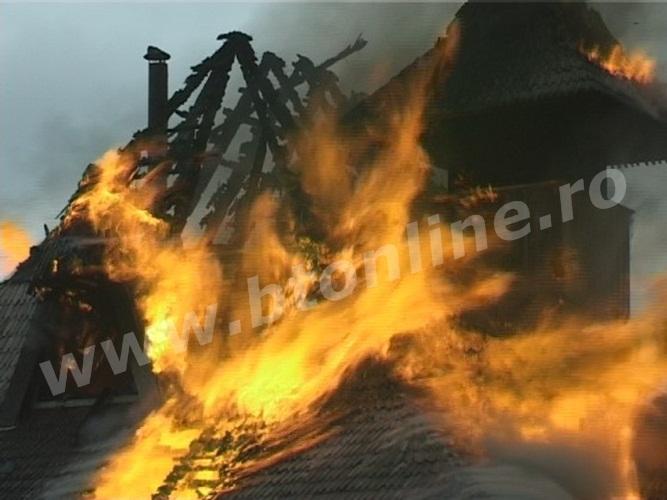 incendiu biserica lebada (1)