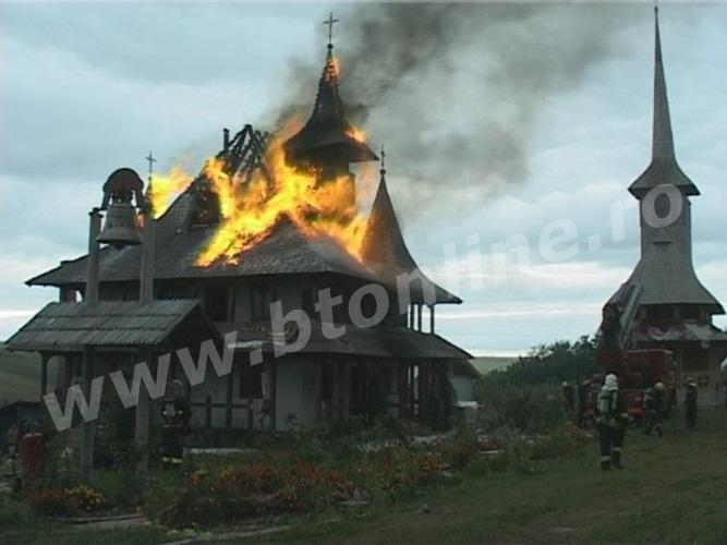 incendiu biserica lebada (2)