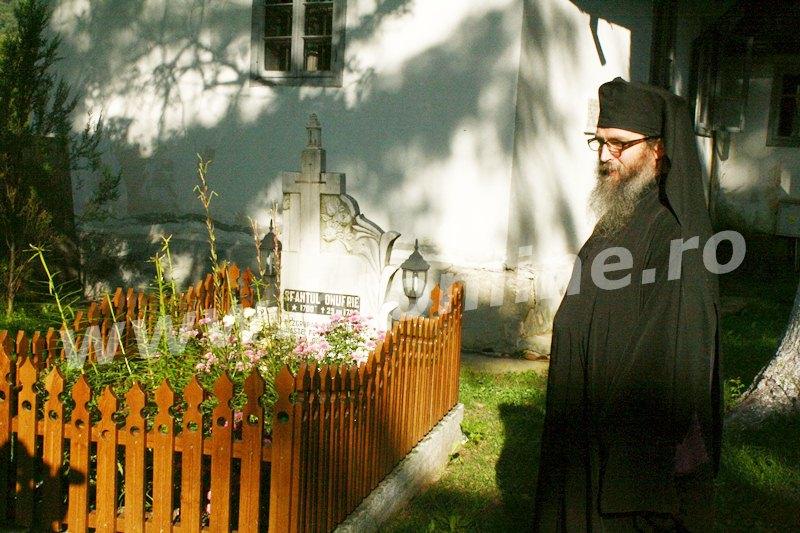 manastirea sihastria voronei (13)