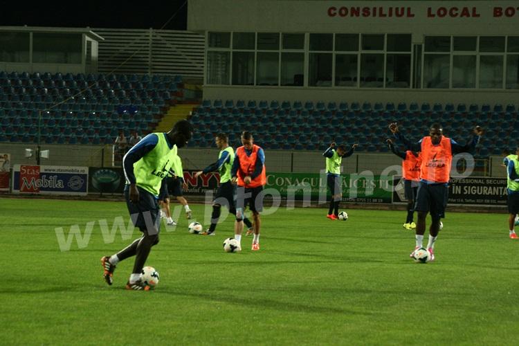 FC Botosani antrenament in nocturna (11)