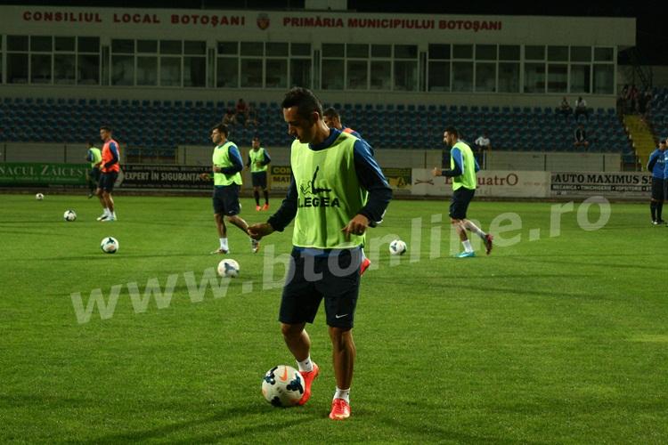 FC Botosani antrenament in nocturna (15)