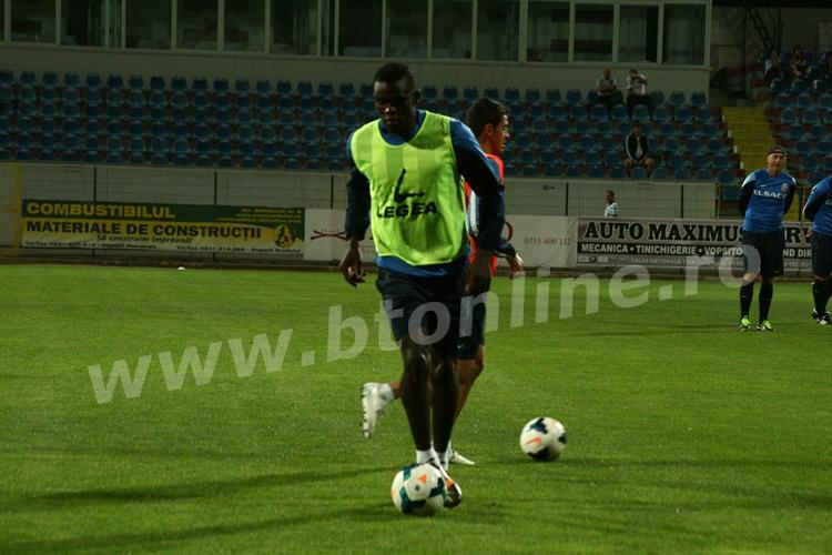 FC Botosani antrenament in nocturna (16)