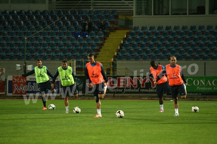 FC Botosani antrenament in nocturna (21)
