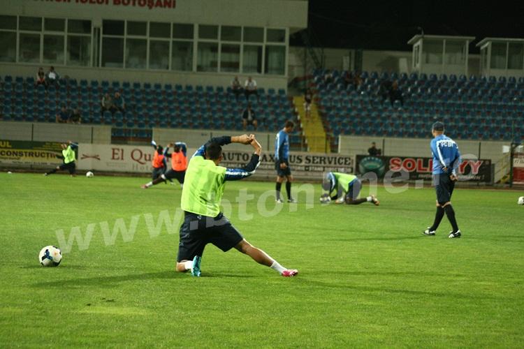 FC Botosani antrenament in nocturna (25)