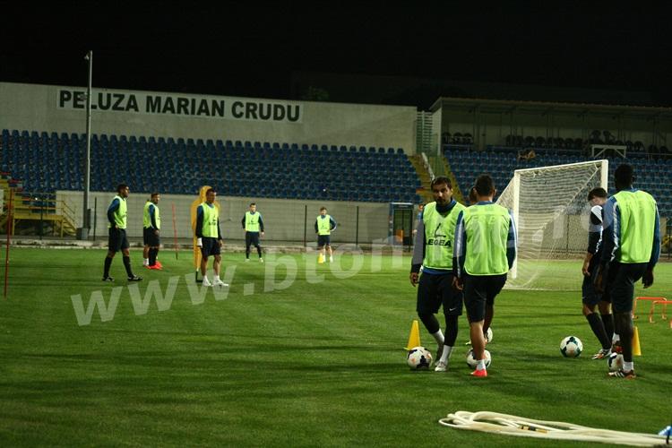 FC Botosani antrenament in nocturna (35)
