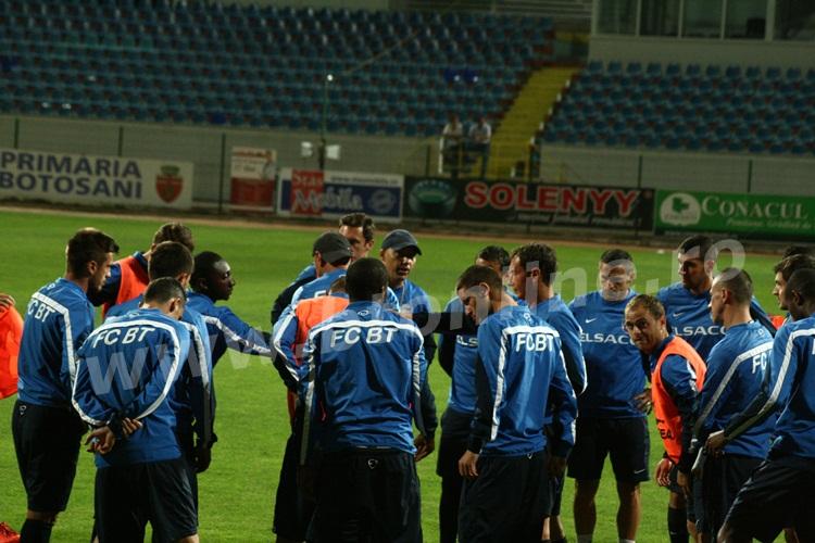 FC Botosani antrenament in nocturna (6)