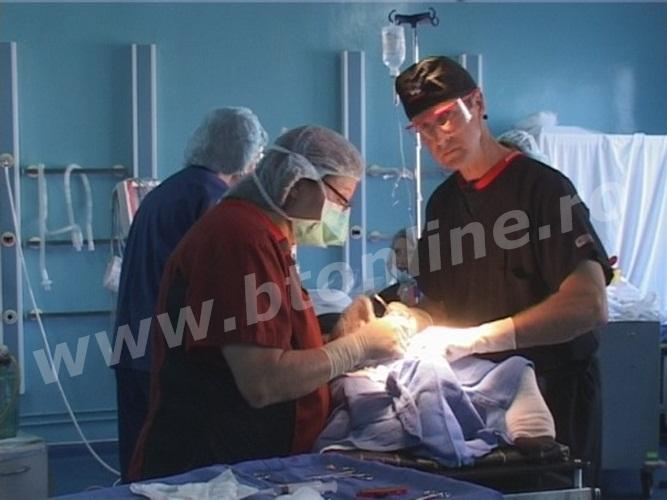medici americani la Botosani (2)
