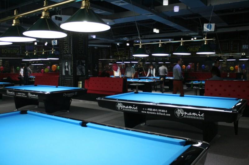 Uvertura Mall Club biliard-bowling (13)