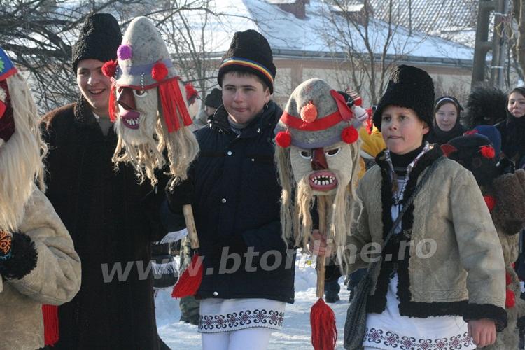 vorona 31.12.2014 obiceiuri de iarna (22)