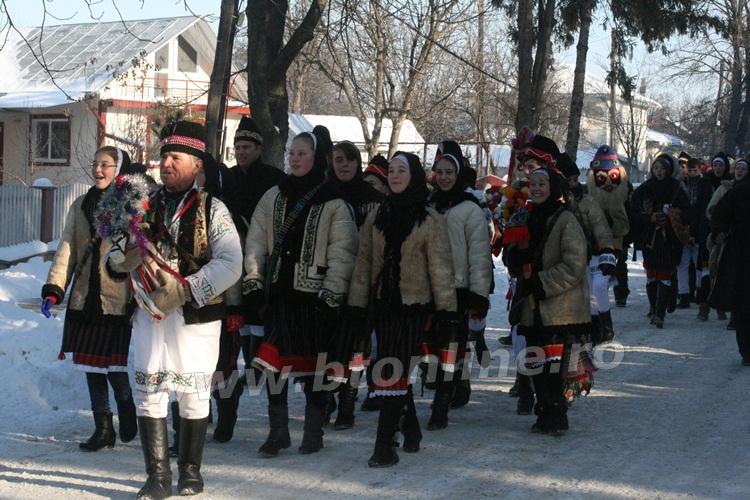 vorona 31.12.2014 obiceiuri de iarna (37)