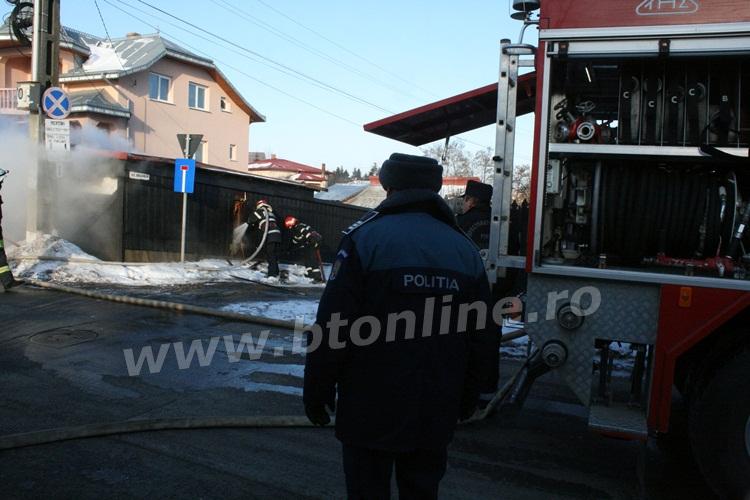 incendiu strada codrului botosani, isu, pompieri (6)
