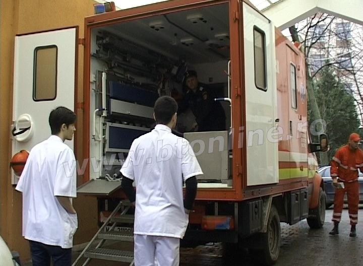 pacient supraponderal, spital, pompieri (1)
