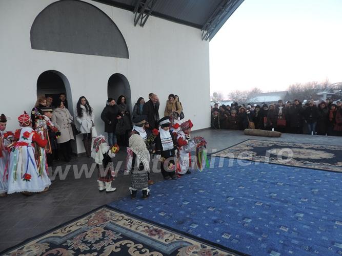 pomarla festival de datini si obiceiuri de iarna (12)
