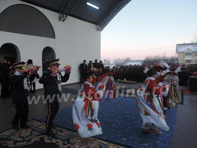 pomarla festival de datini si obiceiuri de iarna (16)