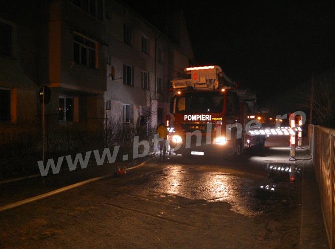 incendiu bloc flamanzi (1)