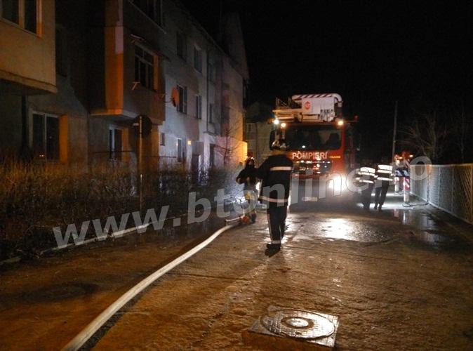 incendiu bloc flamanzi (2)