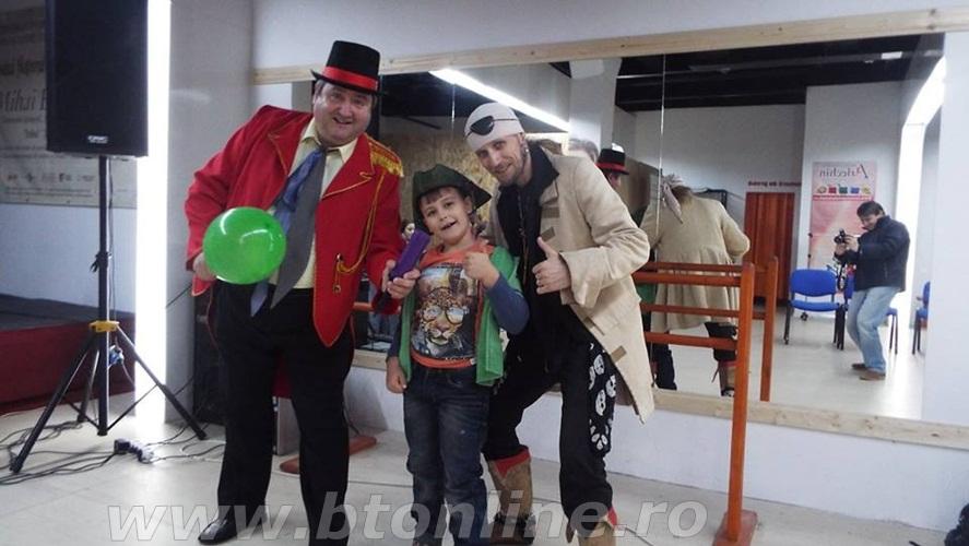 profesorul de joaca - clubul arlechin - botosani shopping center 3