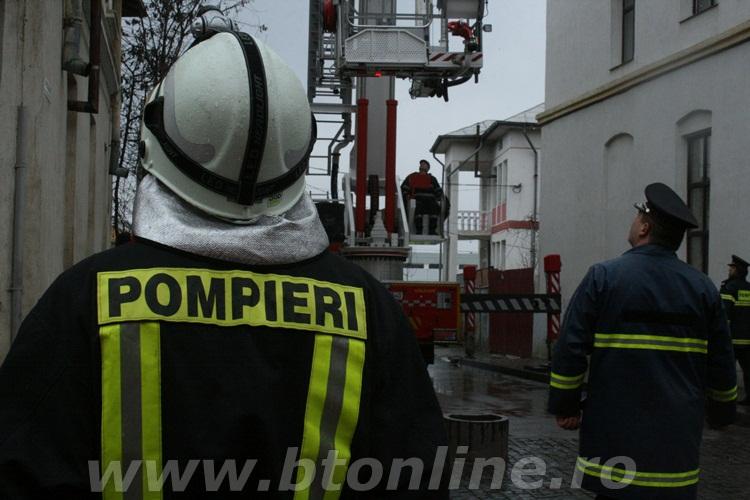 aplicatie isu cutremur pompieri