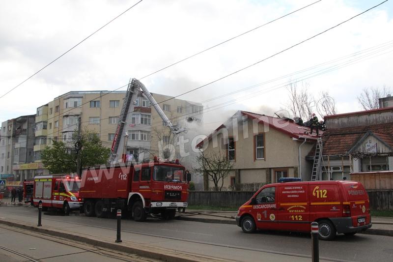 incendiu pompieri 19 aprilie1
