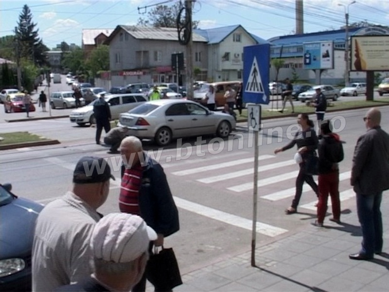 accident municipiul Botosani, trecere pietoni (7)