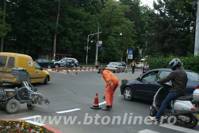 intersectie bulevard, muncitori conrec10