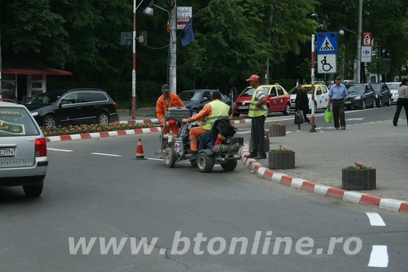 intersectie bulevard, muncitori conrec13