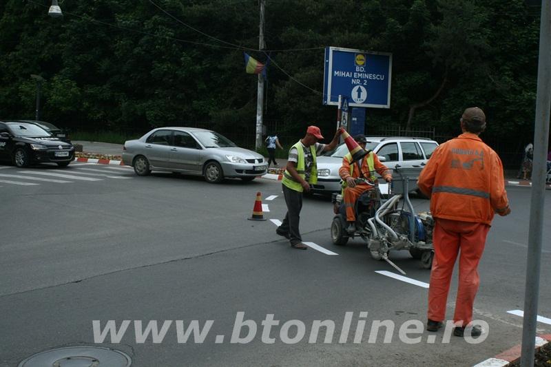 intersectie bulevard, muncitori conrec8