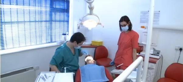 medici stomatologi in anglia
