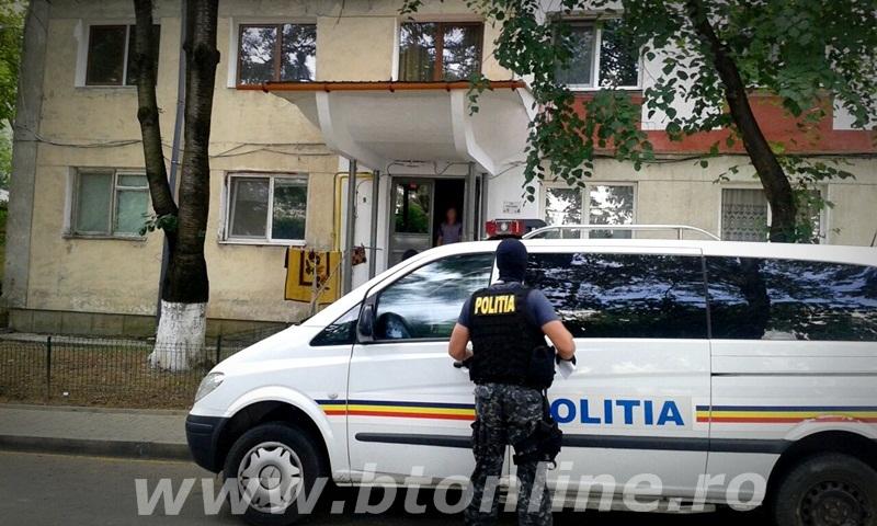 politie, mascati descinderi (3)