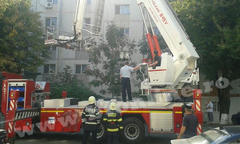 interventie pompieri aleea tiberiu crudu (1)