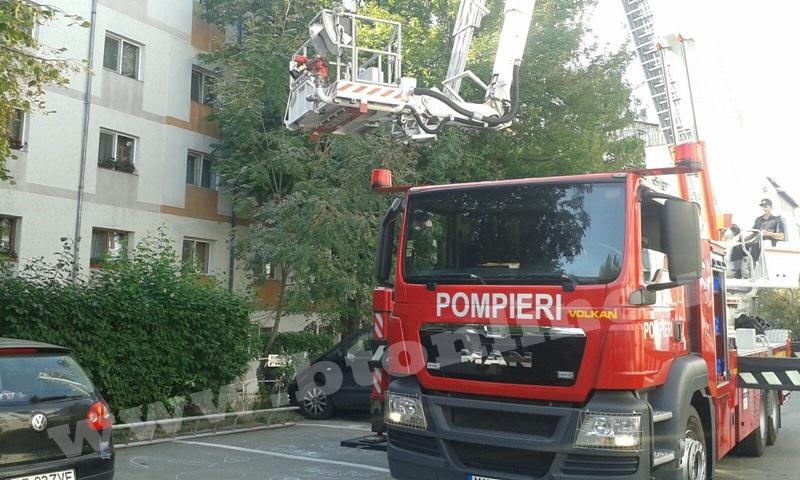 interventie pompieri aleea tiberiu crudu (11)