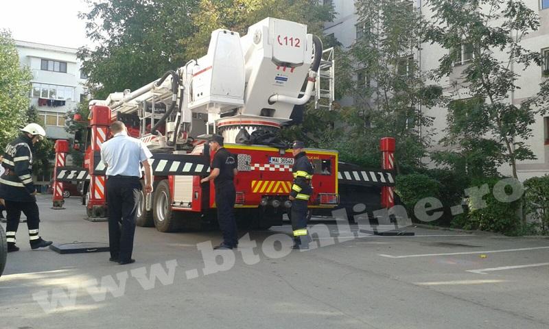 interventie pompieri aleea tiberiu crudu (2)