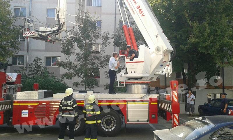 interventie pompieri aleea tiberiu crudu (9)